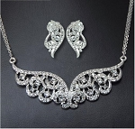 Beautiful Crystal Round Necklace & Earring Set