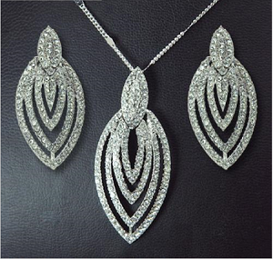 Crystal Layered Oval Necklace and Earring Set