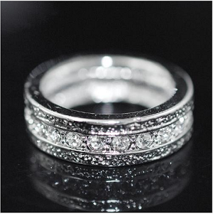 Simple Crystal Single Line Band Ring