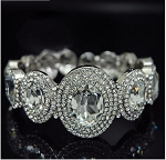 Rich Oval Crystal Bangle Bracelet