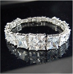 Gorgeous Large Crystals Bracelet