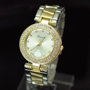 Double Crystal Round Face Fashion Metal Watch