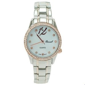 Simple Crystal Lined Round Face Watch