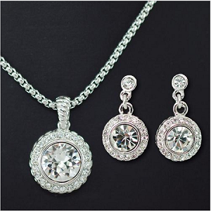 Elegant Single Cubic Necklace and Earring Set