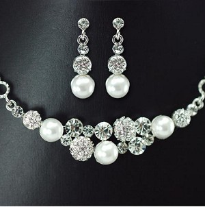 Simple Pearl & Crystal Ball Mixed Necklace and Earring Set