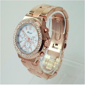 Crystal Round Face Metal Watch
