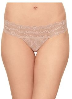 Wacoal -   b.tempt'd Lace Kiss Thong